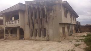 3 bedroom Blocks of Flats House for sale Old ife road Alakia Ibadan Oyo