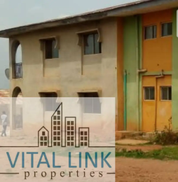 9 bedroom Blocks of Flats House for sale Owode Ilesha Garage area, Ilesha West Osun
