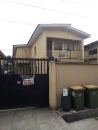 3 bedroom Blocks of Flats House for sale Obanikoro street Obanikoro Shomolu Lagos