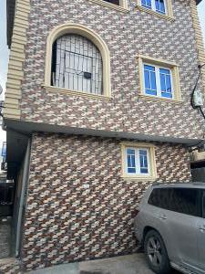 2 bedroom Flat / Apartment for sale New Garage Bariga Shomolu Lagos