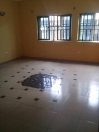 4 bedroom House for rent Close To Somolu Local Government Onipanu Shomolu Lagos