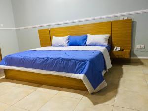 4 bedroom Semi Detached Duplex for shortlet Adeniyi Jones Ikeja Lagos