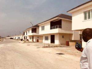4 bedroom Terraced Duplex House for sale Awoyaya Bustop Majek Sangotedo Lagos