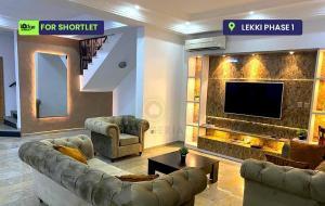 4 bedroom Terraced Duplex House for shortlet - Lekki Phase 1 Lekki Lagos
