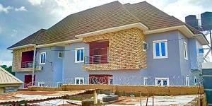 3 bedroom Blocks of Flats House for sale Premeir Layout, close to Goshen estate  Enugu Enugu