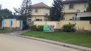 Flat / Apartment for sale Ikot Ansa Calabar Cross River