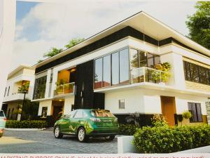 5 bedroom House for sale Orchid Road off Chevron Drive. Eleganza Lagos chevron Lekki Lagos
