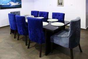 5 bedroom Mini flat for shortlet The Orchard Deluxe Residence, Beside Villa Toscana, Flavor Hotel, Yusufu Abiodun Way, ONIRU Victoria Island Lagos