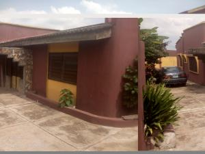 5 bedroom Terraced Bungalow House for sale Sagbe area Akinyele Oyo