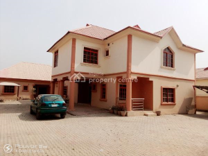 5 bedroom Detached Duplex House for sale  69th Road,  Gwarinpa Abuja