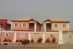 House for rent By Adebayo Doherty Street Lagos