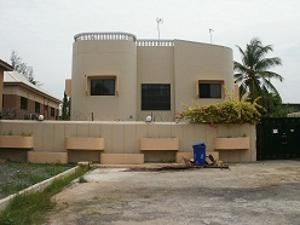5 bedroom Detached Duplex House for sale 4th Avenue, 400 road Festac Amuwo Odofin Lagos