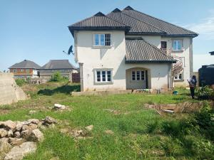 5 bedroom Massionette House for sale Bucknor Isolo Lagos