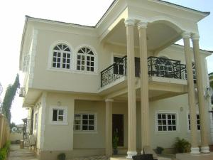 5 bedroom Flat / Apartment for sale Adeosun Oluyole Estate Ibadan Oyo