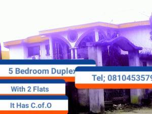5 bedroom House for sale Etete Road, Ojomoh Oredo Edo