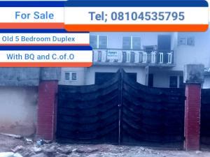 5 bedroom Detached Duplex House for sale Gius Idubor, Central Road Oredo Edo