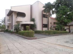 5 bedroom House for sale Sosanya street Soluyi Gbagada Lagos