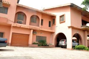 5 bedroom House for sale 4th Avenue Festac Amuwo Odofin Lagos