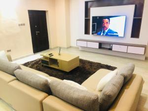 5 bedroom Detached Duplex House for shortlet Chisco Lekki Lagos