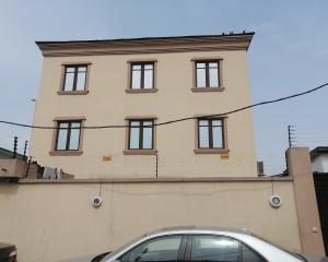 5 bedroom House for sale Dabiri close off Ogunlana Drive  Ogunlana Surulere Lagos