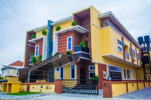 5 bedroom Detached Duplex House for sale Buena vista estate,by chevron toll gate, orchid hotel road chevron Lekki Lagos