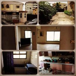 5 bedroom Detached Duplex for sale Danny Estate, Adekunle, Yaba. Adekunle Yaba Lagos