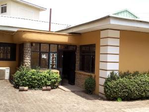 5 bedroom Semi Detached Duplex House for sale Utako Abuja