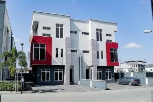Semi Detached Duplex House for sale ... Osapa london Lekki Lagos