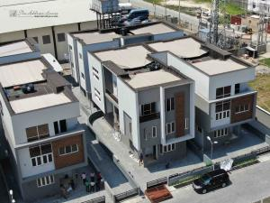 5 bedroom Semi Detached Duplex House for sale Behind MERCEDES BENZ 3rd roundabout lekki. Ikate Lekki Lagos