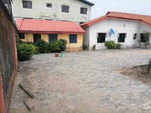 6 bedroom House for sale 7, Omoba Bade Street, Marshy Hill Estate, Akeens, Ajah, Lagos with a 5 bedroom bungalow and a 2 bedroom boys quarter. Ajah Lagos