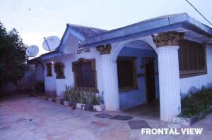 5 bedroom Detached Bungalow for sale Ajegunle Sagamu Sagamu Ogun