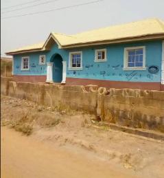 5 bedroom Detached Bungalow House for sale ARATUMI, ILESHA VILLAGE Osogbo Osun