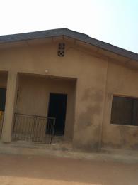 8 bedroom Detached Bungalow House for sale Baba NLA, Ologuneru eleyele Ibadan Eleyele Ibadan Oyo