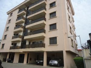 3 bedroom Flat / Apartment for rent off Akin Adesola Street  Victoria Island Lagos