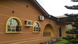 5 bedroom Detached Bungalow House for sale Magboro Obafemi Owode Ogun