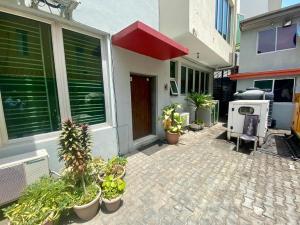 5 bedroom Flat / Apartment for sale Lekki Phase 1 Lekki Lagos