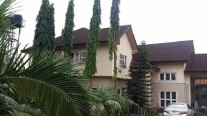 6 bedroom Terraced Duplex House for sale Sunrise Villa Estate, Behind Adamak, off East West Road Obio-Akpor Rivers
