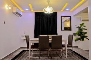 6 bedroom House for shortlet   VGC Lekki Lagos