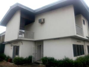 6 bedroom House for sale Coker Coker Road Ilupeju Lagos