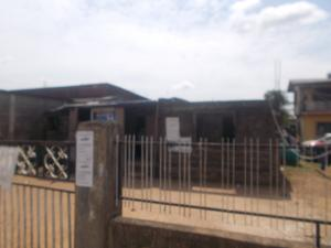 6 bedroom House for sale Tunde Salisu street  Oshodi Expressway Oshodi Lagos
