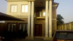 6 bedroom House for sale Close to Elegbeleye Hospital Ojota Ojota Lagos