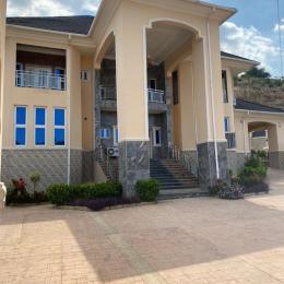 6 bedroom Detached Duplex for sale Apo Apo Abuja