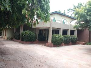 6 bedroom House for sale Close To Family Worship Center Central Area Abuja