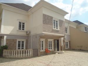 6 bedroom House for rent 4th Avenue Gwarinpa Abuja