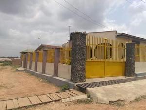 6 bedroom Flat / Apartment for sale  idi ishin ibadan  Idishin Ibadan Oyo