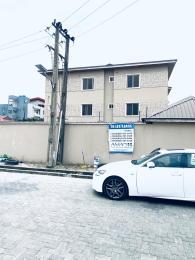 3 bedroom Shared Apartment Flat / Apartment for rent Dideolu estate ONIRU Victoria Island Lagos