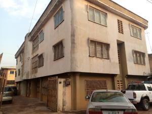 3 bedroom Blocks of Flats House for sale Udenweze Street New Haven Enugu Enugu