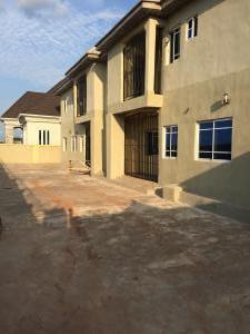 3 bedroom Penthouse Flat / Apartment for rent Thinkers corner  Enugu Enugu