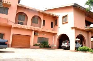 6 bedroom Massionette House for sale Festac Amuwo Odofin Lagos