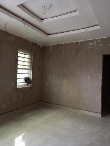 2 bedroom Flat / Apartment for rent off olorunkemi st  Shomolu Shomolu Lagos